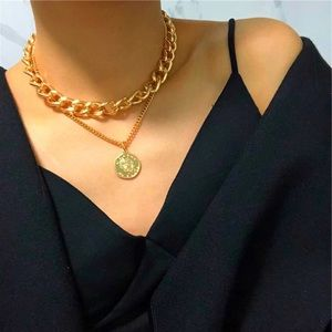 Gold Tone Necklace Chunky Necklace